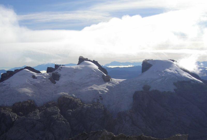 puncak gunung sumatri