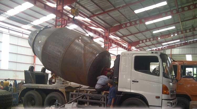 jual dum truck murah